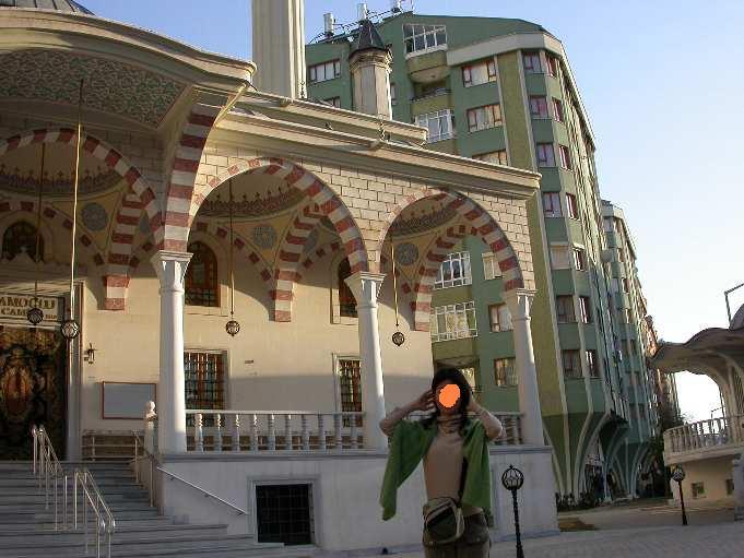 コンヤの街のモスク.jpg